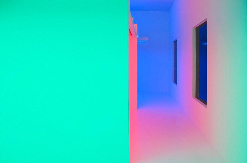 CHROMASATURATION BY CARLOS CRUZ-DIEZ- colour installation